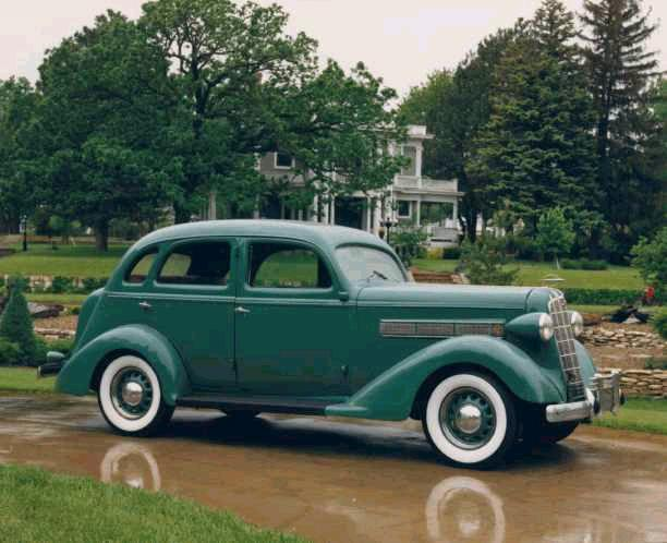 1936 REO Flying Cloud